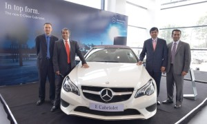 L to R Boris Fitz, Vice President, Sales and Network Development,  Mercedes-Benz India, Mohan Mariwala, Managing Director, Auto Hangar Raipur , Abhijeet Pandit,