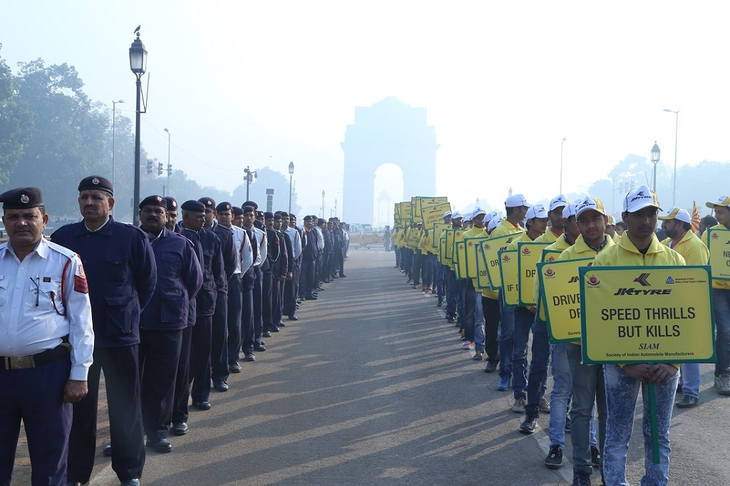 JK Tyre, Delhi Traffic Police and SIAM kick off the National Road Safety Week at Delhi's iconic India Gate