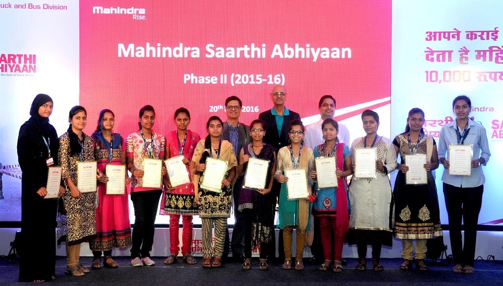 Mahindra Saarthi Abhiyaan Ceremony_edited