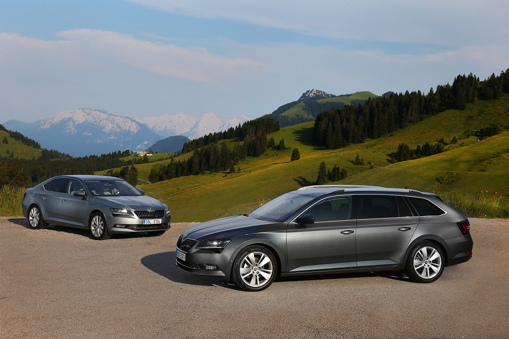 150810 The new ŠKODA Superb Concert Hall on Wheels