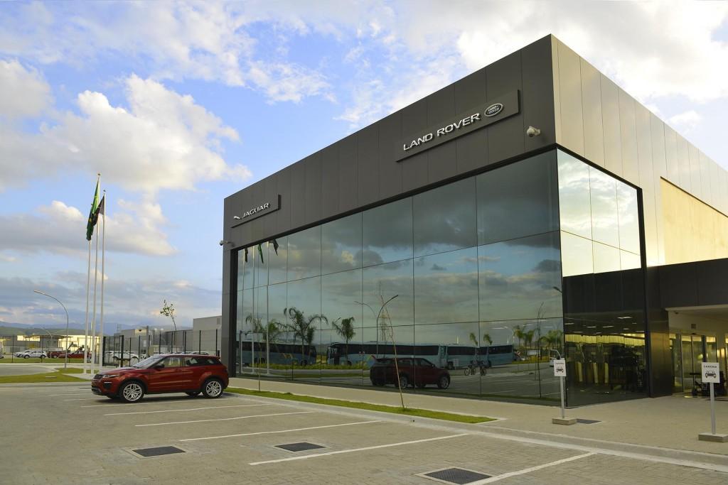 Jaguar-Land-Rover-Brazil-plant-1024x683