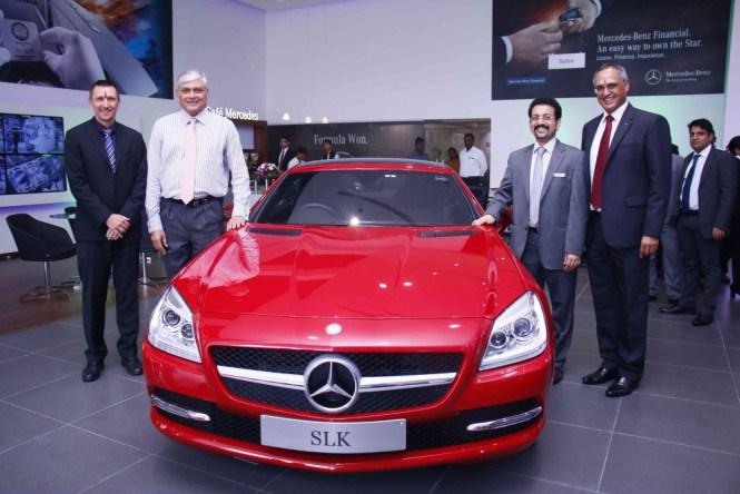 L-R-Mr.-Boris-Fitz-Vice-President-Sales-and-Network-Development-Mercedes-Benz-India-Mr.-Sharath-Vijayraghavan-Executive-Director-Su