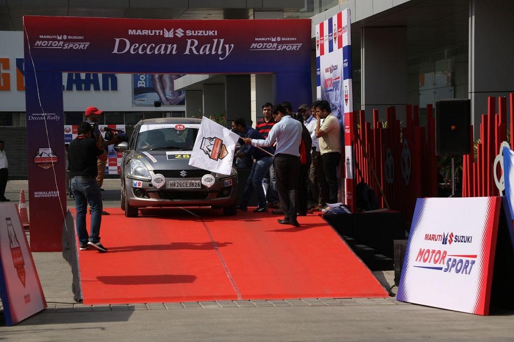 Mr Vineet Jain, Regional Manager (West), Maruti Suzuki India Ltd flag off Maruti Suzuki Deccan Rally2