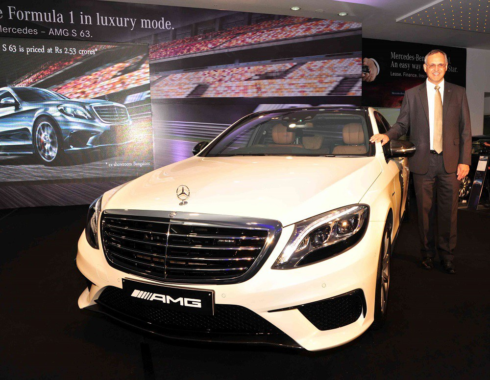 Mr.-Eberhard-Kern-Managing-Director-CEO-Mercedes-Benz-India-at-the-Launch-of-the-S-63-AMG-in-Bangalore-