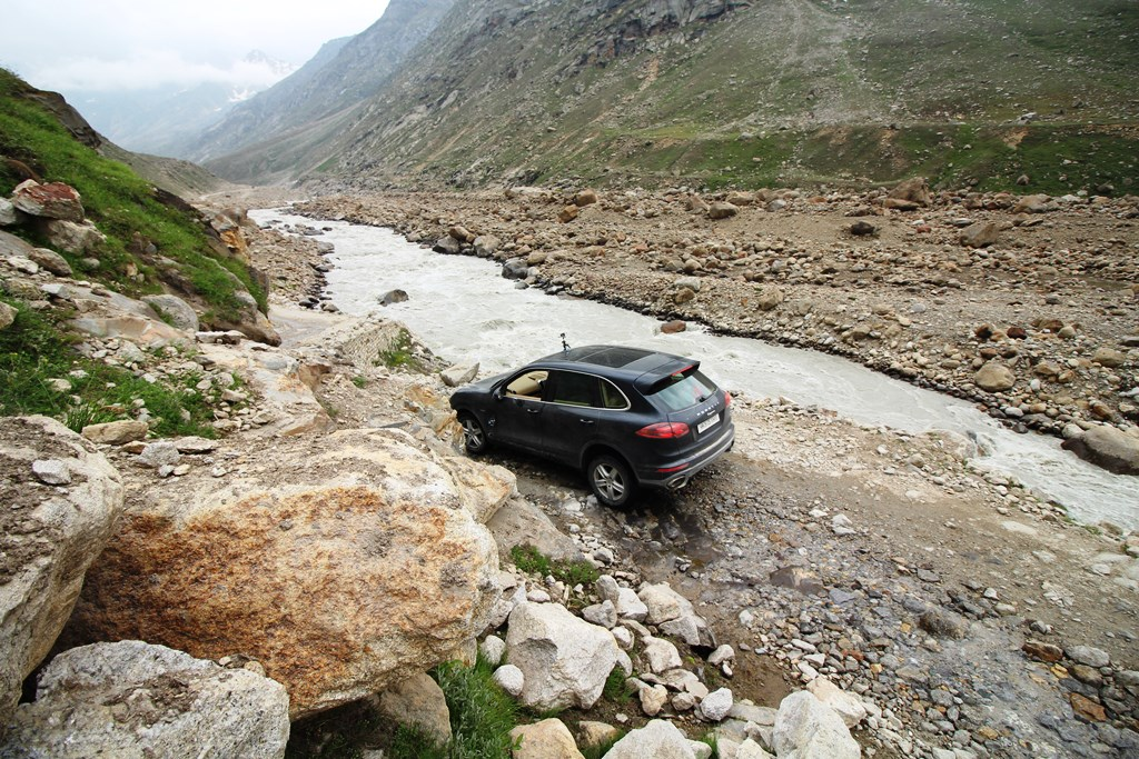 On tough terrain - by the river Chandra in Lahaul