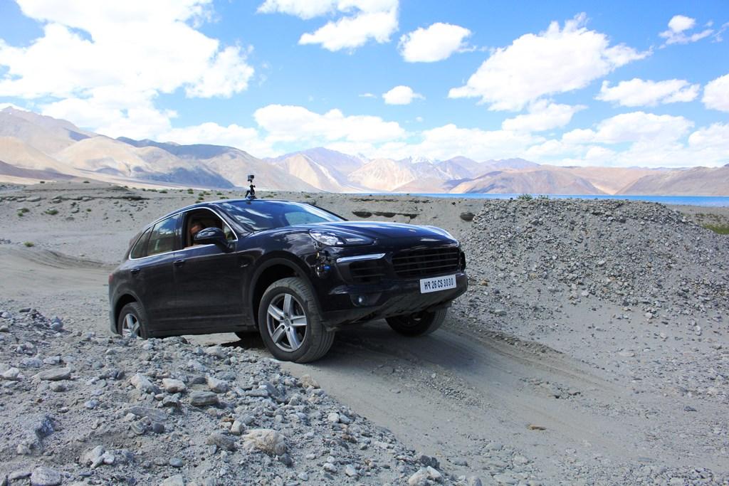 Some rough road between Pangong _ Chushul