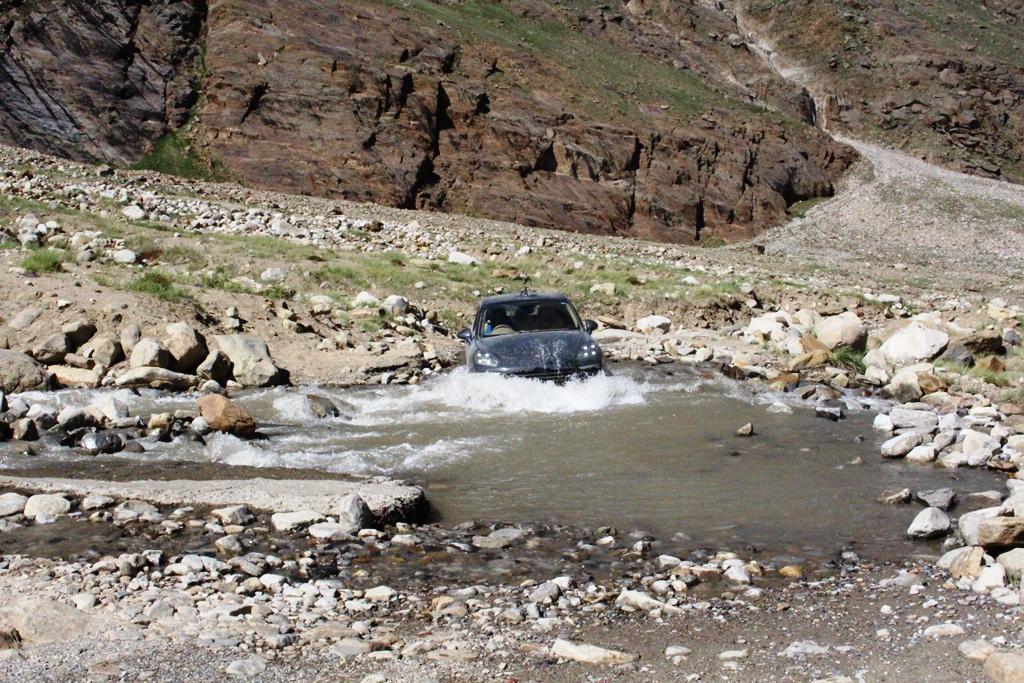 when the road cstopped - enroute Zanskar