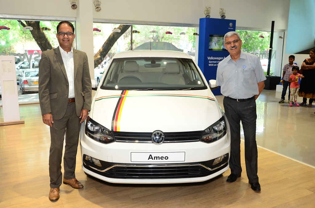 ankaj Sharma, Head of Sales, Volkswagen Passenger Cars and Shailesh Bhandari, B U Bhandari Automotive Pvt. Ltd at the Ameo roadshow in Pune