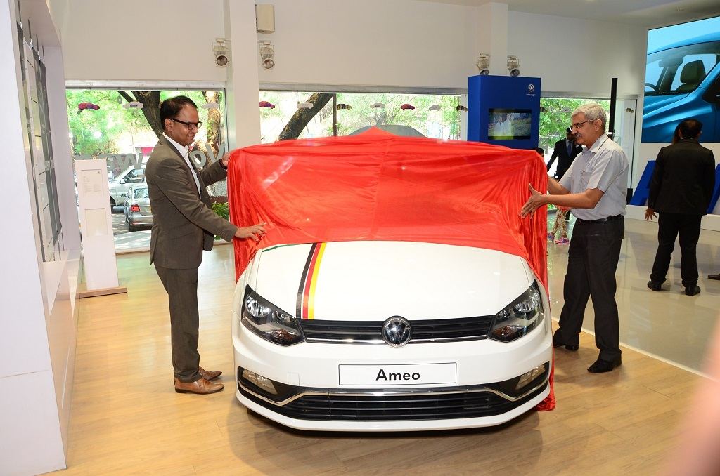 Pankaj Sharma, Head of Sales, Volkswagen Passenger Cars and Shailesh Bhandari, B U Bhandari Automotive Pvt. Ltd showcased the Ameo for customers in Pune