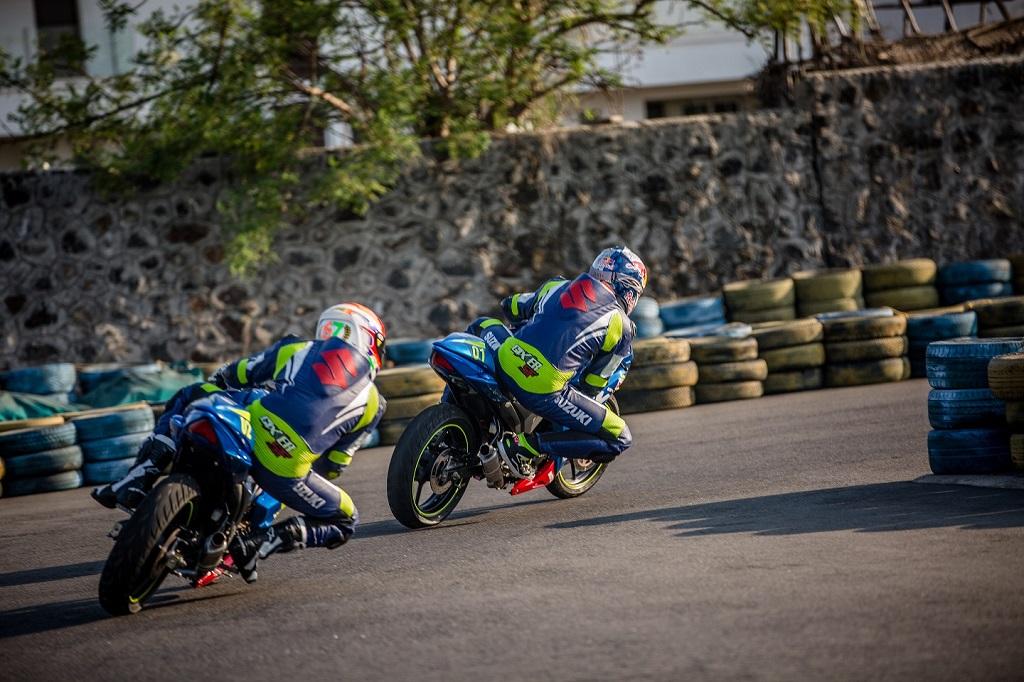 Aras Gibieza and Rajini Krishnan racing at the Red Bull Road to Rookies Cup