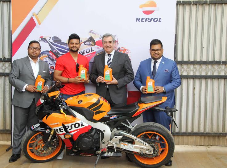 Mr. Manan Goel, Group Director, Gulf Petrochem Group, Mr. Suresh Raina, International Cricketer, Mr. Carlos Pascual, International Lubricants Manager, Repsol and Mr. Prerit Goel, Group Director, Gulf Petrochem at the launch of Repsol by GP Petroleums in India.
