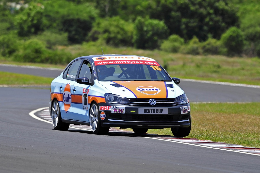 Karminder Pal Singh in action during Race 6 of Vento Cup 2016