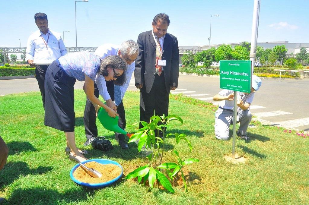 Mr. & Mrs. Hiramatsu planted a sapling at Renault-Nissan Alliance plant in Chennai