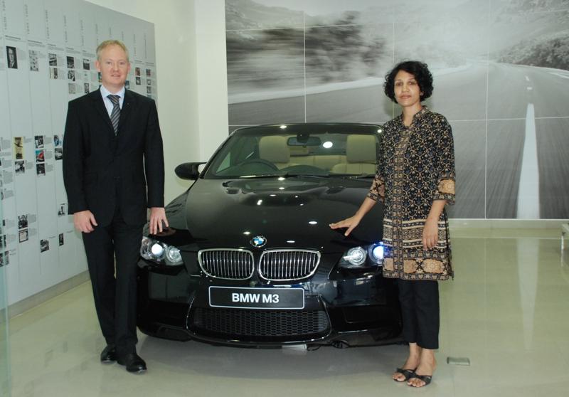 Mr. Owen Riley, Director After Sales, BMW India and Ms. Vasanthi Bhupathi, Managing Director, Kun Exclusive