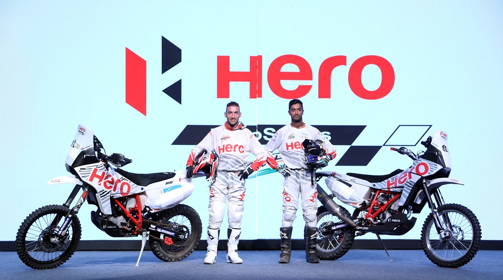 1-hero-motosports-team-rally-riders-cs-santosh-and-joaquim-rodrigues-at-the-team-introduction-at-hero-cit-in-jaipur-today