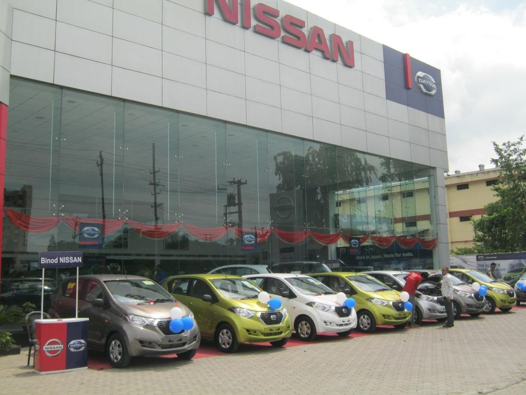 Datsun redi-GO ready for customer deliveries