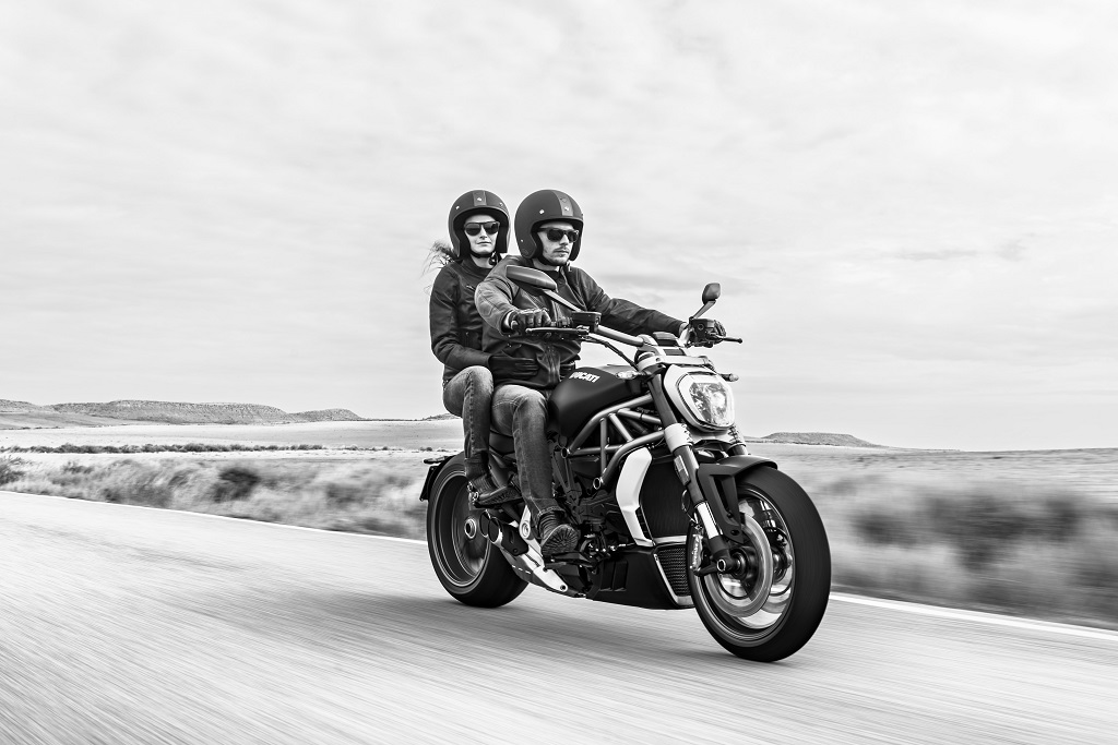 highly-awaited-cruiser-the-ducati-xdiavel-launched-in-india-1