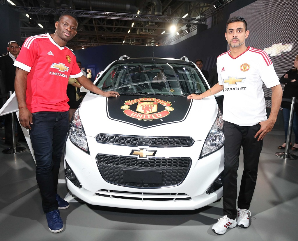 louis-saha-manchester-united-legend-with-jack-uppal-vp-marketing-and-customer-experience-gm-india