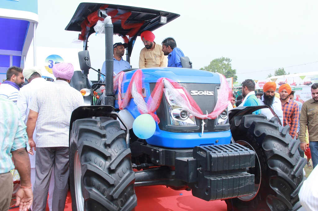sonalika-itl-unviels-solis-120-indias-first-indigenous-120-hp-category-tractor-at-kisan-mela-pau