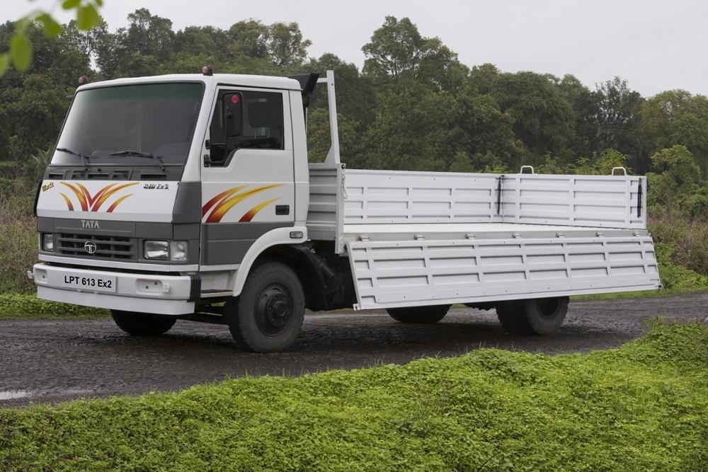 tata-lpt-613-truck