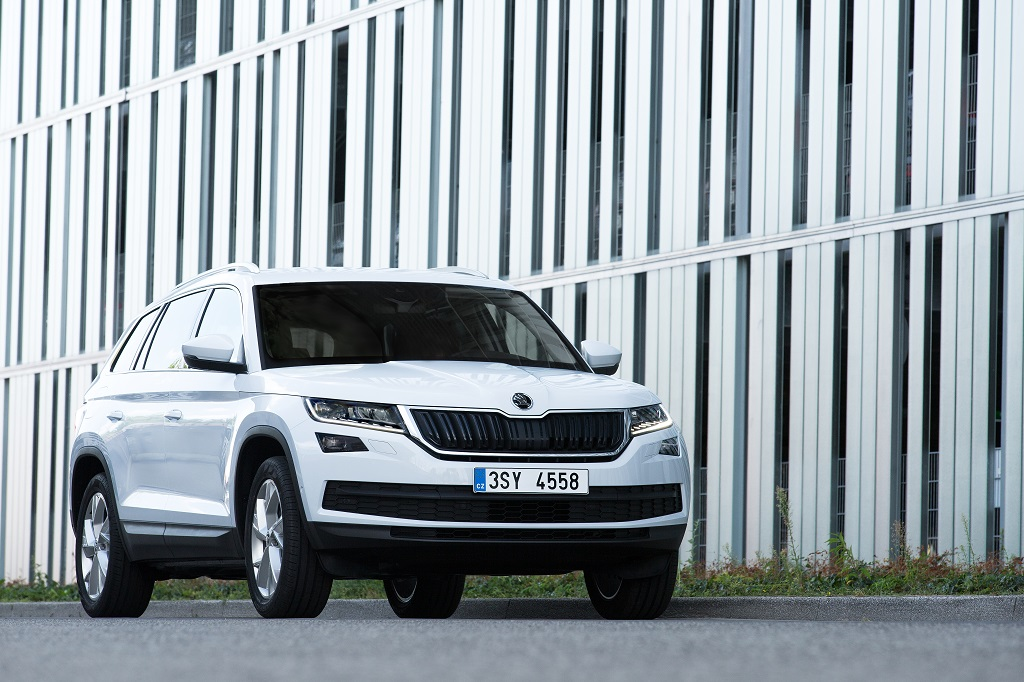 the-skoda-kodiaq-celebrates-its-exhibition-premiere-at-the-2016-paris-motor-show-2