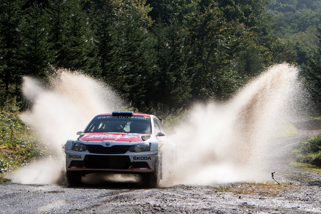 skoda-and-championship-leader-gill-have-first-match-point-in-title-race-1