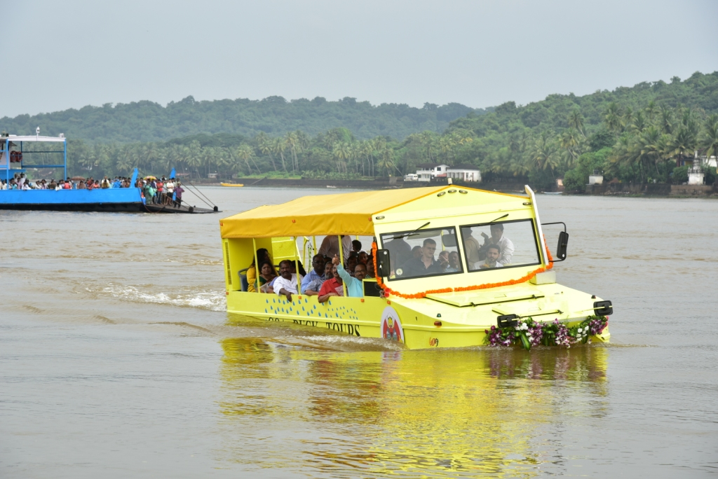 goa-first-state-to-introduce-duck-boat-tours-in-india-3