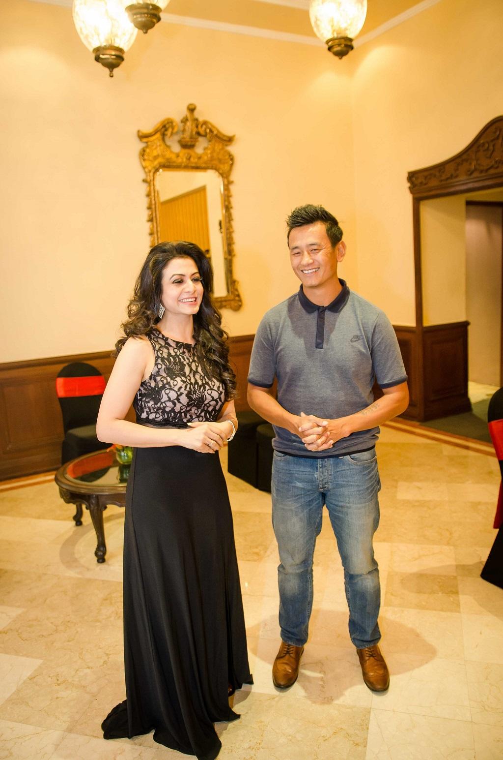 speed-ambassadors-tollywood-actress-koel-mallick-with-footballer-bhaichung-bhutia