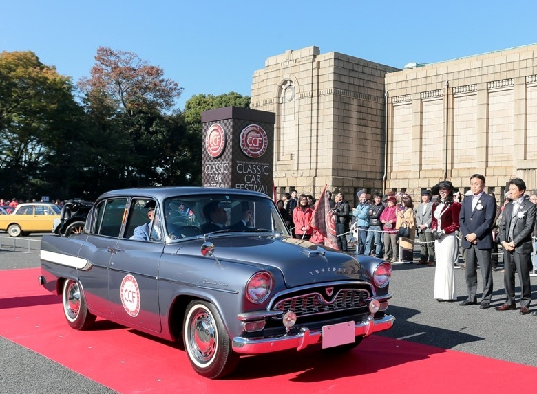 toyota-to-mark-the-10th-anniversary-of-the-classic-car-festival-in-tokyo-2