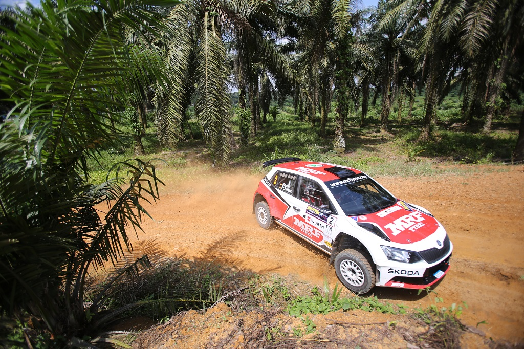 aprc-skoda-celebrates-its-fifth-consecutive-title-gill-wins-drivers-championship-a-round-early-2