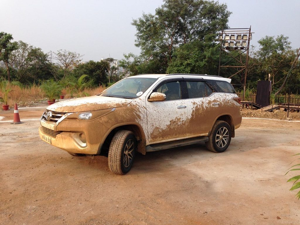 all-new-fortuner-experiential-drive-camp-in-mumbai-1