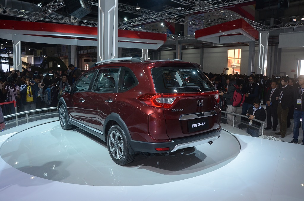 honda-cars-india-unveiled-its-new-model-honda-br-v-at-the-auto-expo-2016