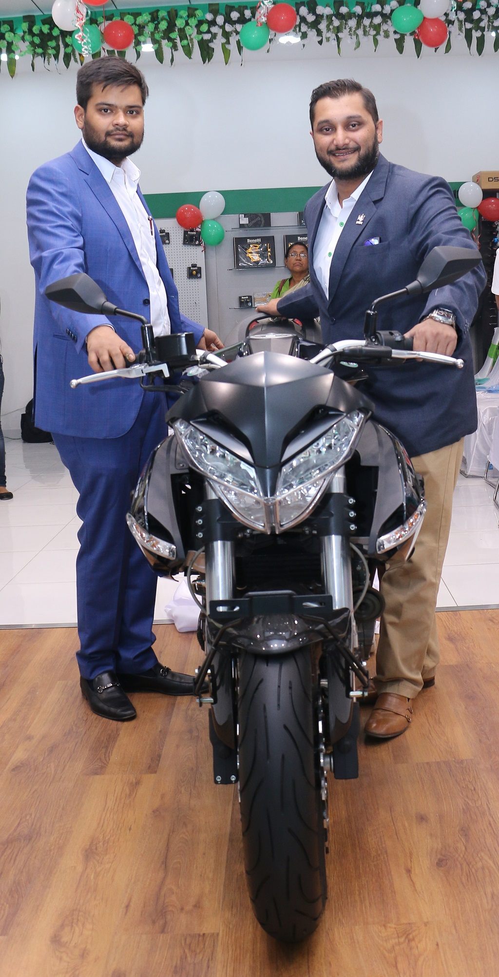 l-r-mr-gaurav-bajaj-dealer-principal-dsk-benelli-siliguri_-mr-shirish-kulkarni-chairman-dsk-motowheels