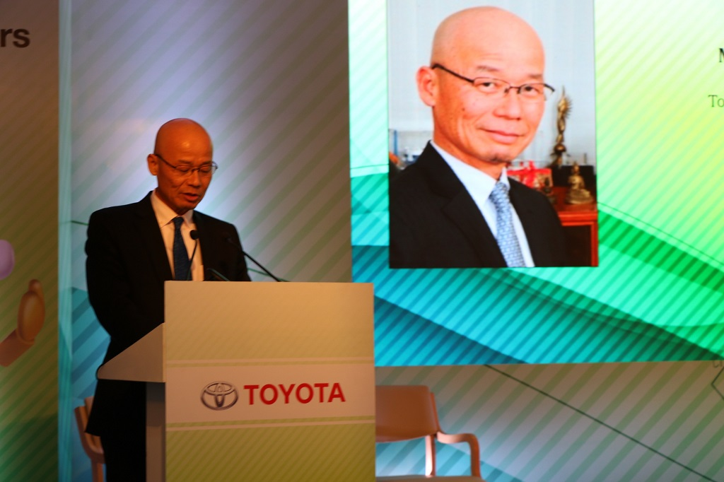 mr-akito-tachibana-managing-director-toyota-kirloskar-motor-at-the-toyota-caravan