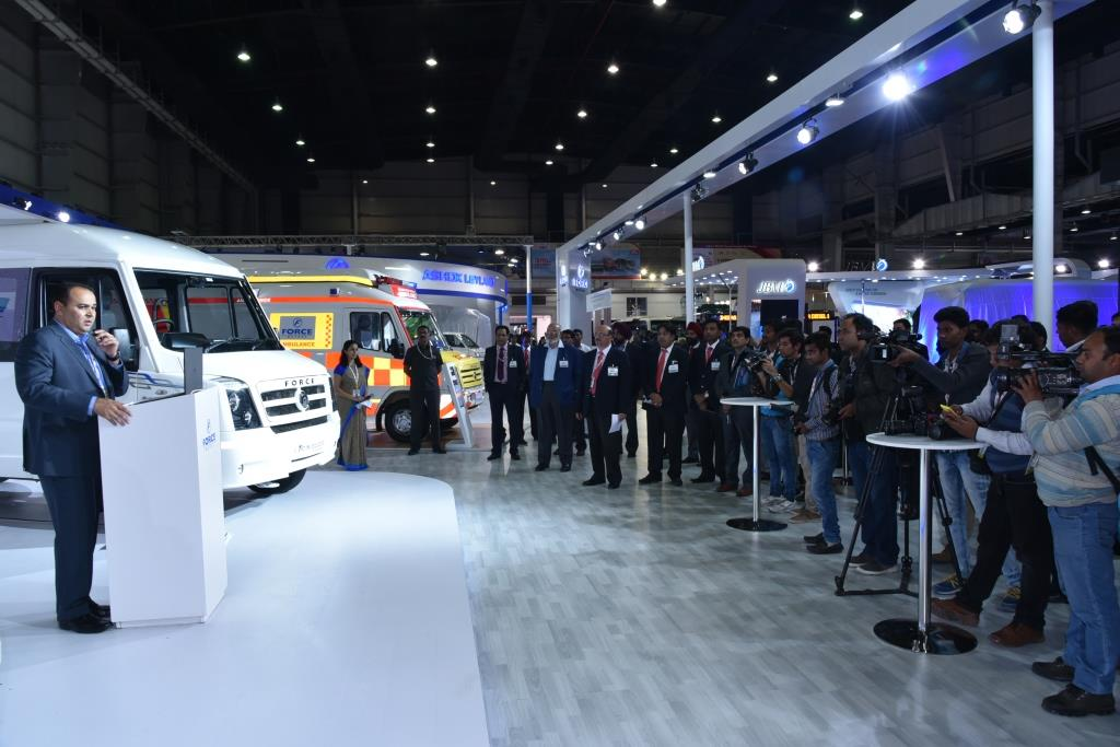 six-next-gen-smart-mobility-solutions-on-the-force-traveller-5