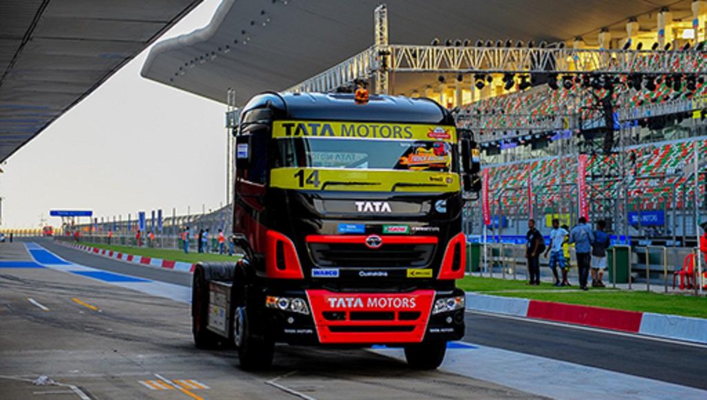 tata-motors-kicks-off-season-ii-of-the-t1-prima-truck-racing-championship-2015-4