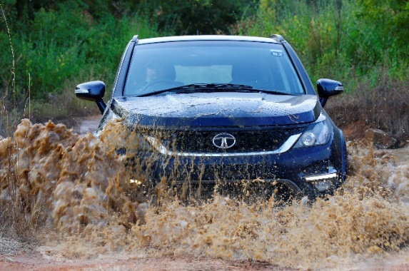 tata-motors-launches-new-hexa-experience-centre-for-customers-and-enthusiasts
