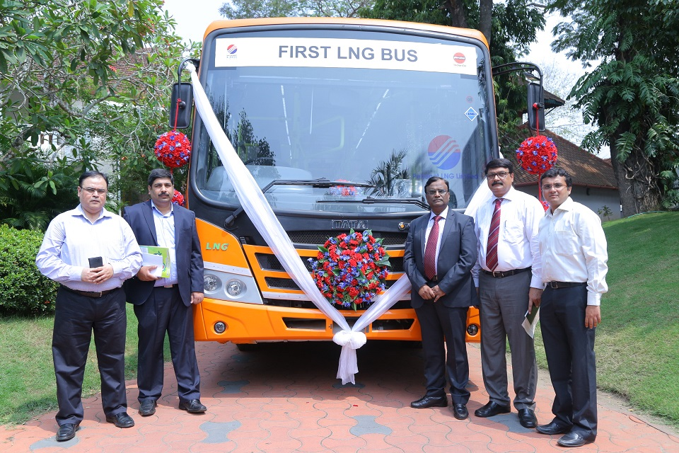 Dr Ajit Jindal, Head Engineering, Commercial Vehicles and Sandeep Kumar, Business Head ,Commercial Vehicles – Passenger, Tata Motors with the first LNG powered bus in India showcased by Tata Motors