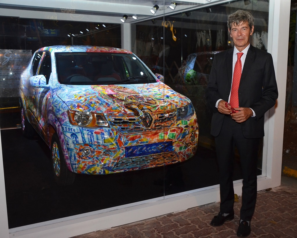 yves-perrin-consul-general-of-france-at-the-inaguration-of-kwid-art-car