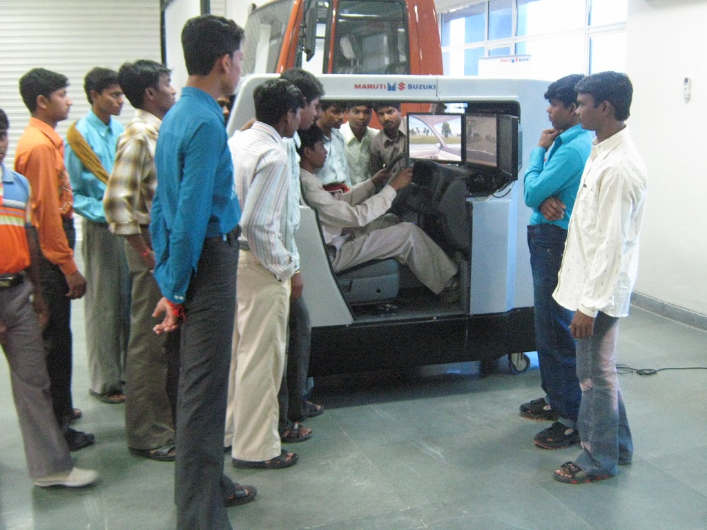10000-tribal-youth-benefit-from-maruti-suzuki-and-gujarat-governments-driving-training-initiative