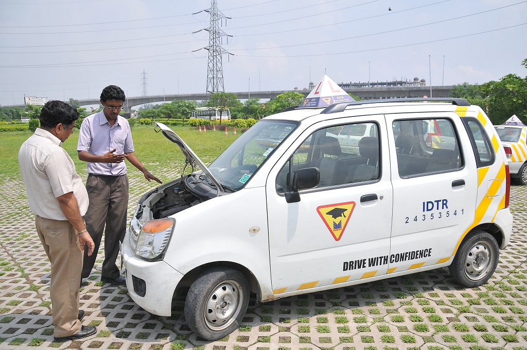 an-individual-aspiring-to-be-a-commercial-driver-gets-trained-at-maruti-suzukis-idtr