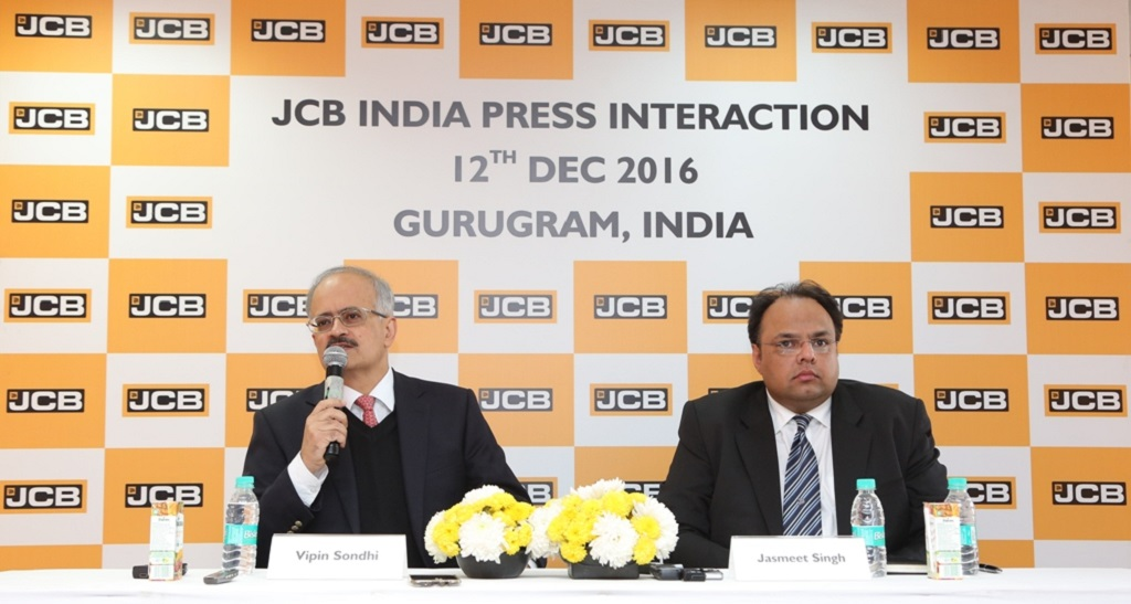 l-r-mr-vipin-sondhi-md-and-ceo-jcb-india-limited-and-mr-jasmeet-singh-head-corporate-communications-and-external-relations-jcb-india-limited