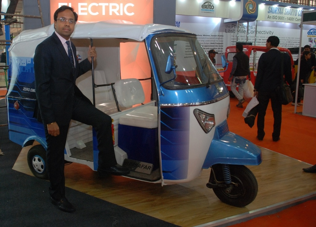 lohia-auto-showcased-countrys-1st-solar-p-1