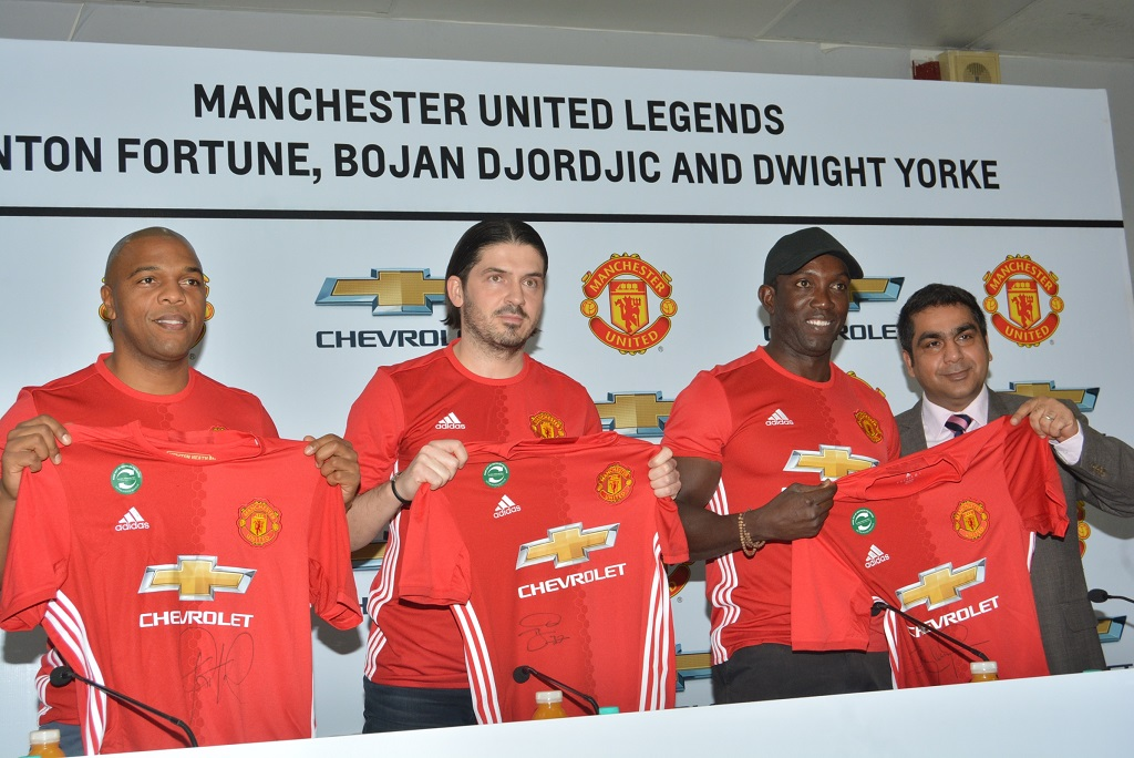 right-to-left-suhail-tariq-with-manu-legends-dwight-yorke-bojan-djordjic-and-quinton-fortune-at-dulichand-motors