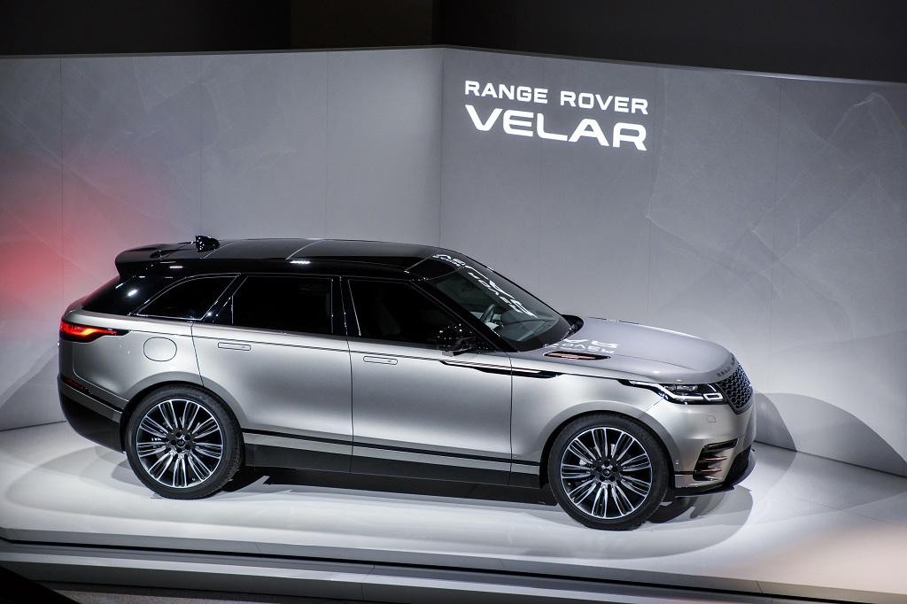introducing range rover velar auto news press. Black Bedroom Furniture Sets. Home Design Ideas