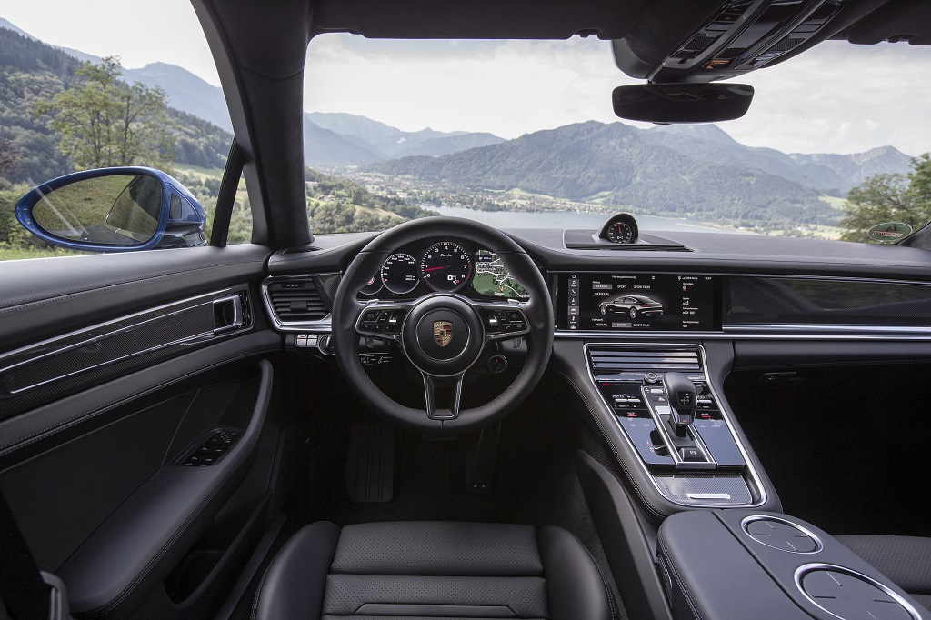The New Porsche Panamera Interior 2