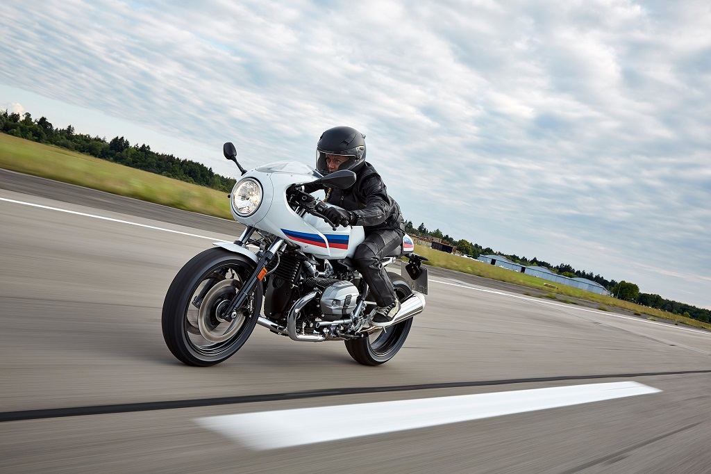 Relive The Charm Of An Iconic Era In Thrilling Bmw